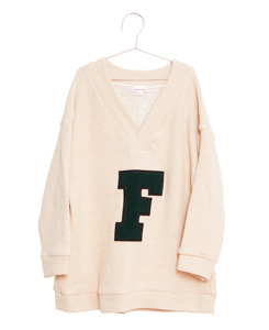 "피쉬앤키즈 ""F"" PATCH OVERSIZED SWEATSHIRT_ECRU"