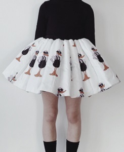 캐롤라인보스만 PRINTED MINI SKIRT_DUCK