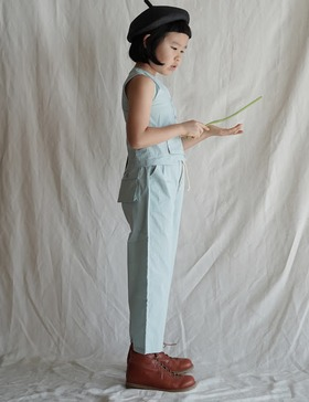 straight-leg pants (blue)