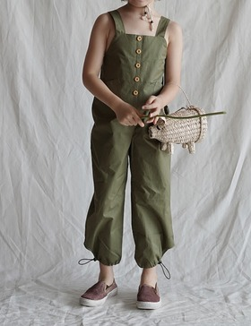 sleeveless jumpsuit (olive green)