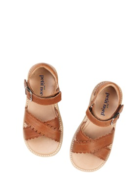 [Petit Nord] Cross-over scallop sandal_Cognac